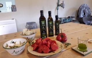 Εξαιρετικά Παρθένο Ελαιόλαδο - Extra Virgin Olive Oil